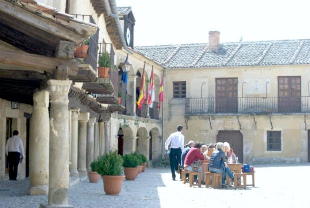 Plaza de pedraza para un café relax